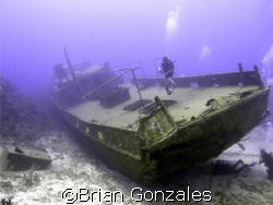 Roatan, Honduras by Brian Gonzales 